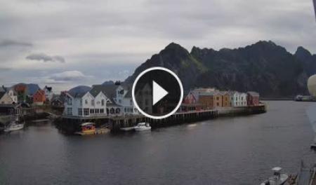 Henningsvær Mi. 06:57