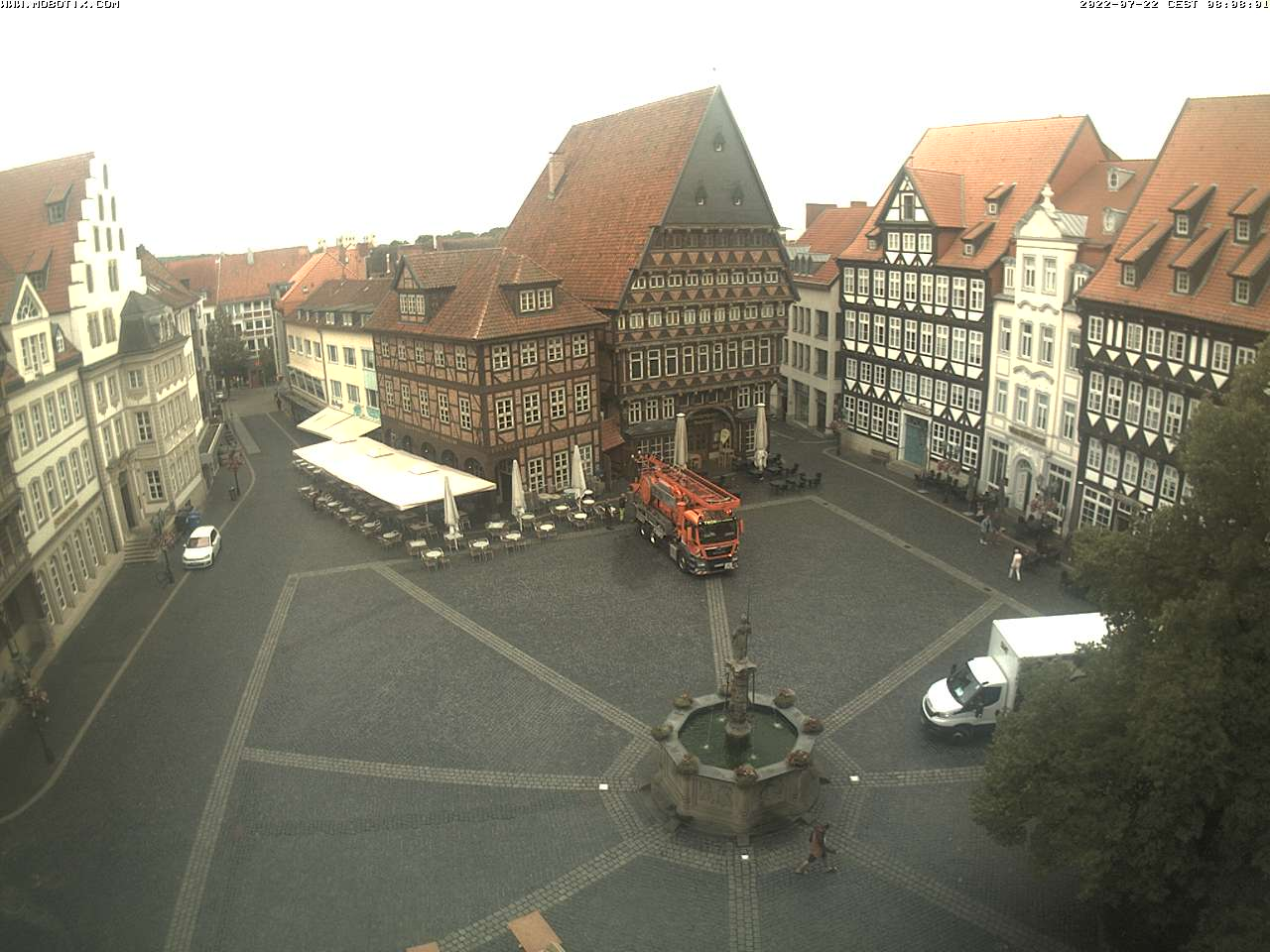 Hildesheim Tue. 08:10