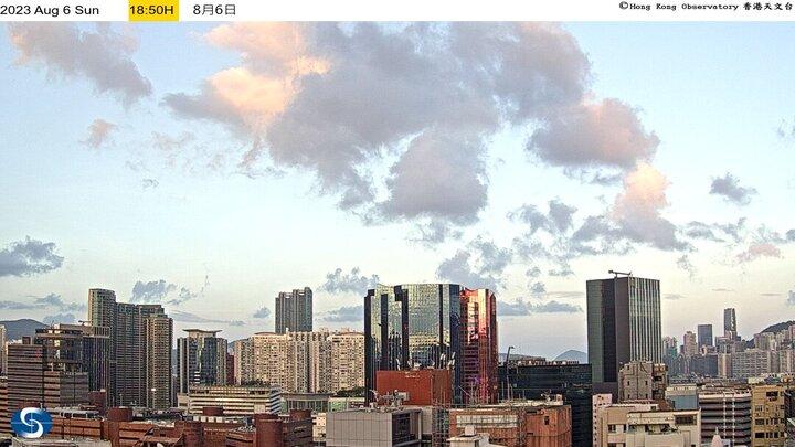 Hong Kong Tue. 18:58