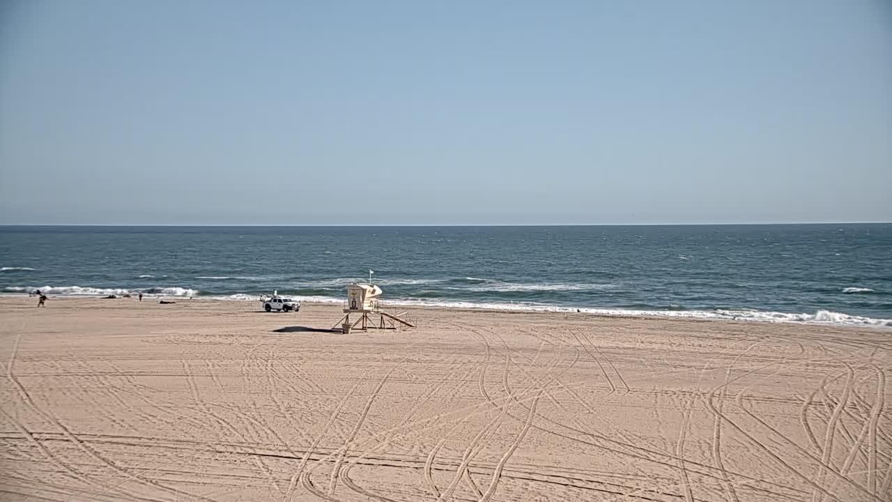 With webcam huntington beach