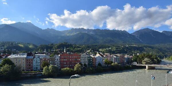 Innsbruck Wed. 18:33