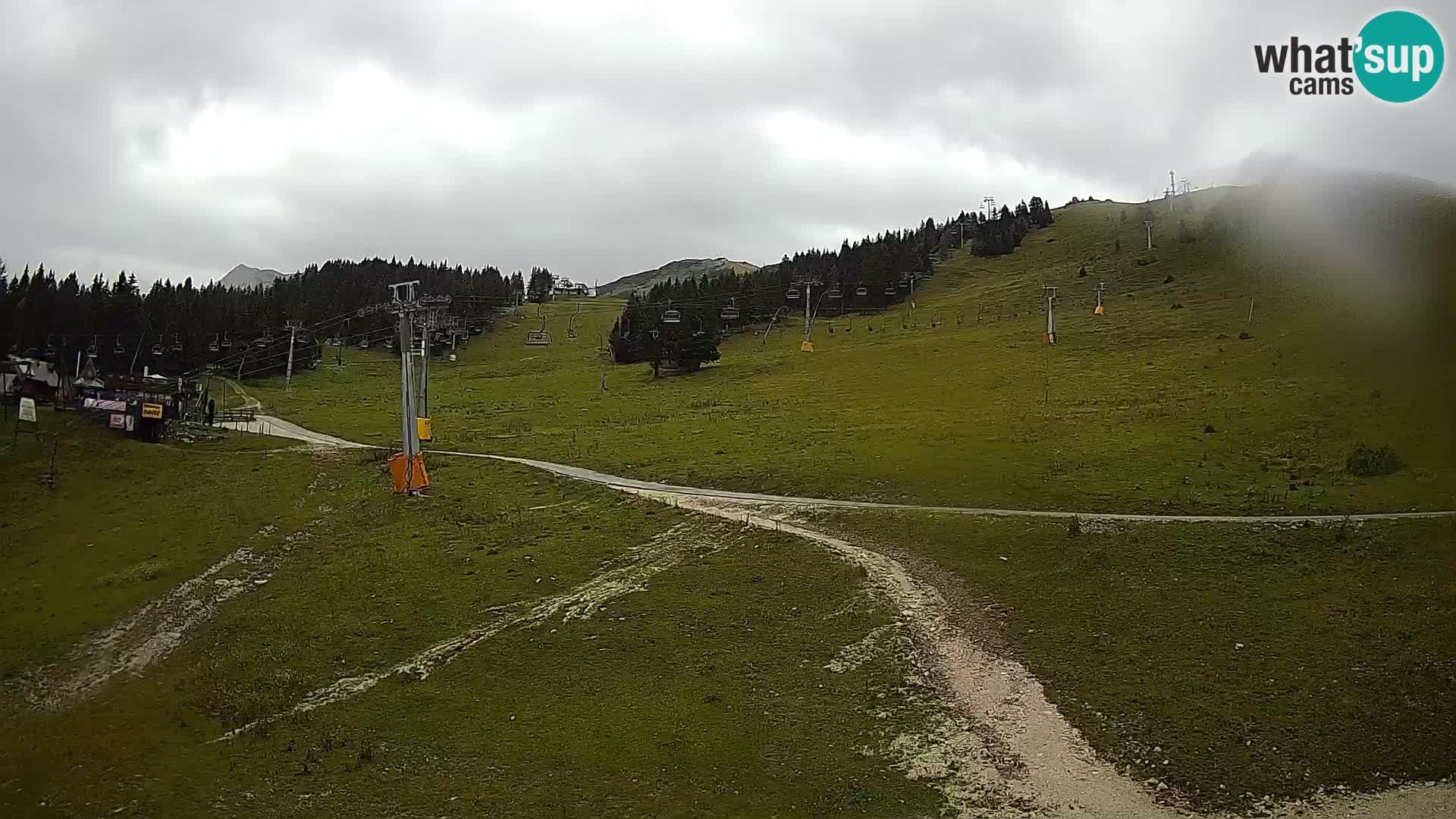 Krvavec ski center webcam
