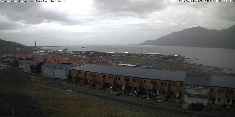 Longyearbyen (Spitsbergen) Sat. 03:54