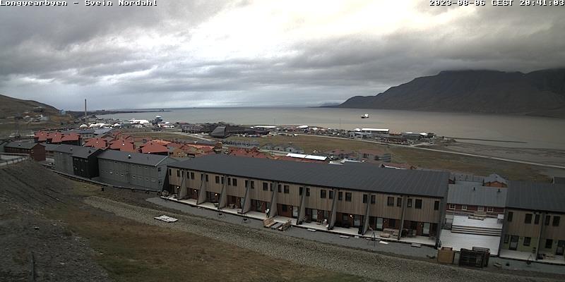 Longyearbyen (Spitsbergen) Fri. 20:54