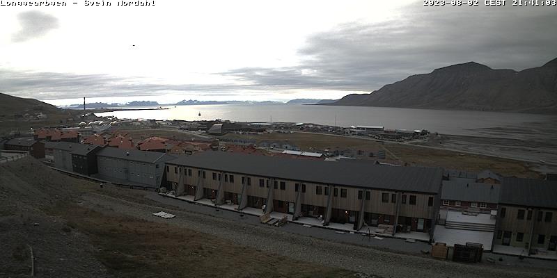 Longyearbyen (Spitsbergen) Fri. 21:54