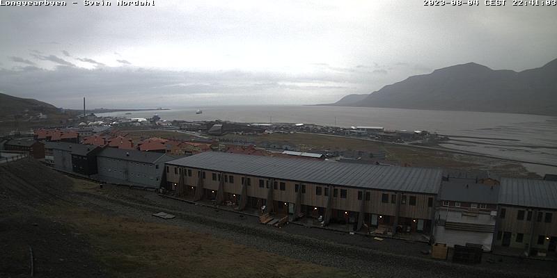 Longyearbyen (Spitsbergen) Fri. 22:54