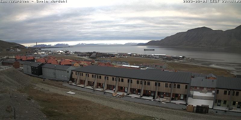 Longyearbyen (Spitsbergen) Fri. 23:54