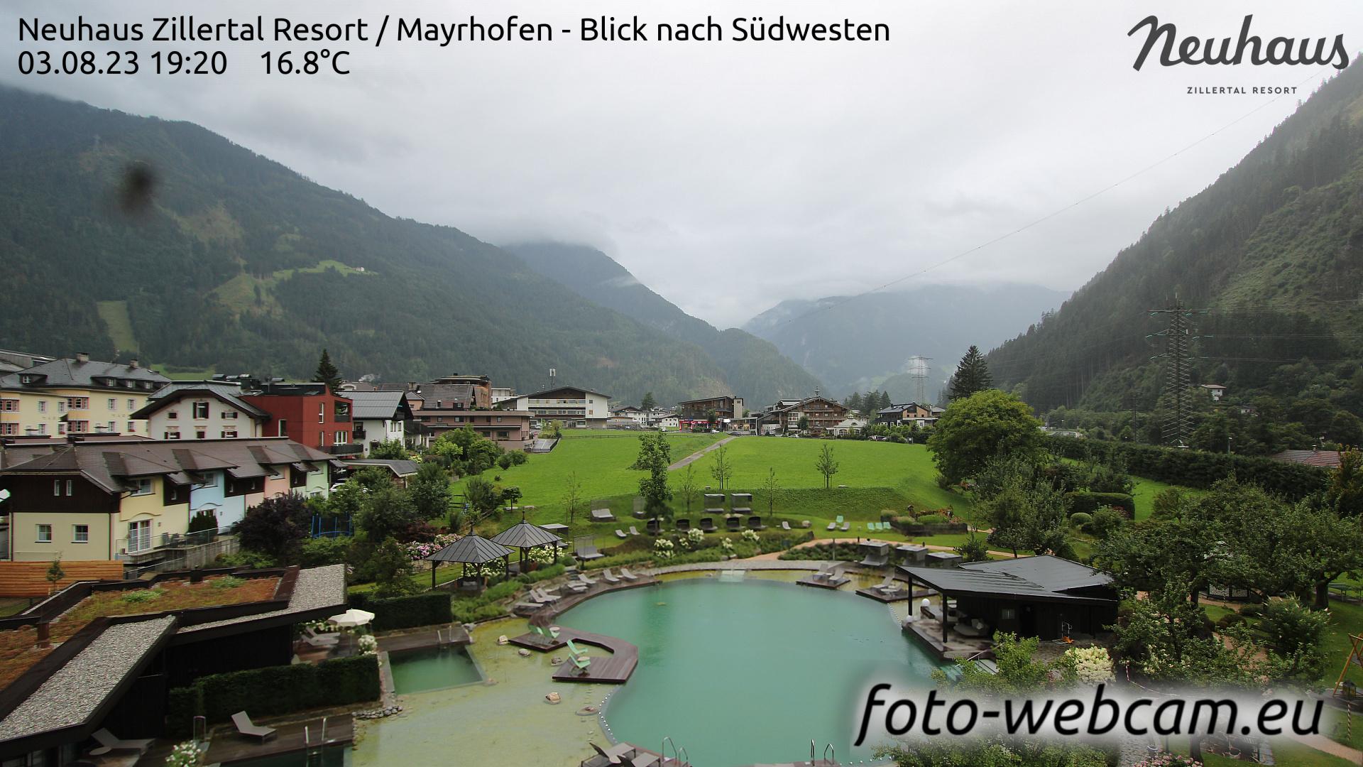 Mayrhofen Sun. 19:33