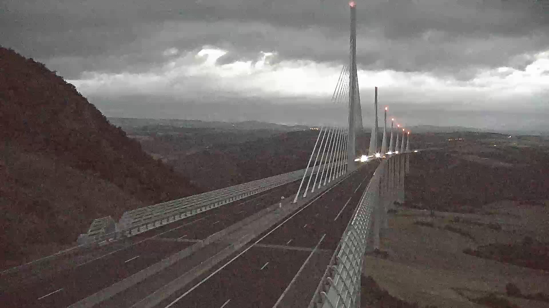 Millau Viaduct Tue. 21:49