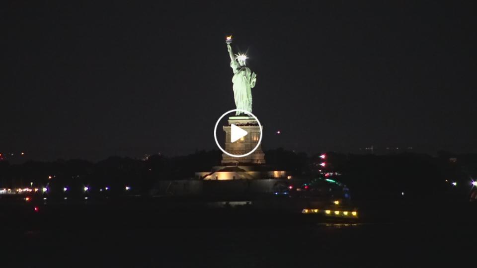 New York City, New York Thu. 22:19