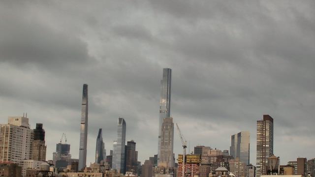 New York City, New York Thu. 06:24