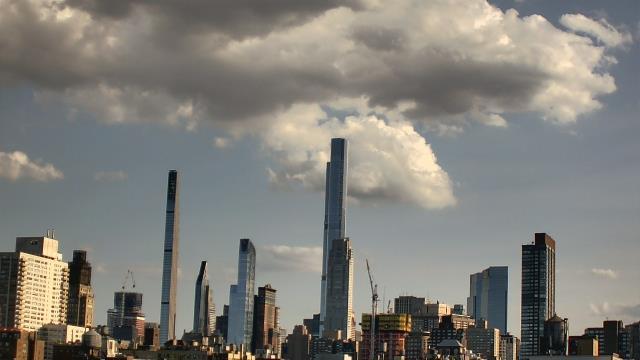 New York City, New York Thu. 18:24