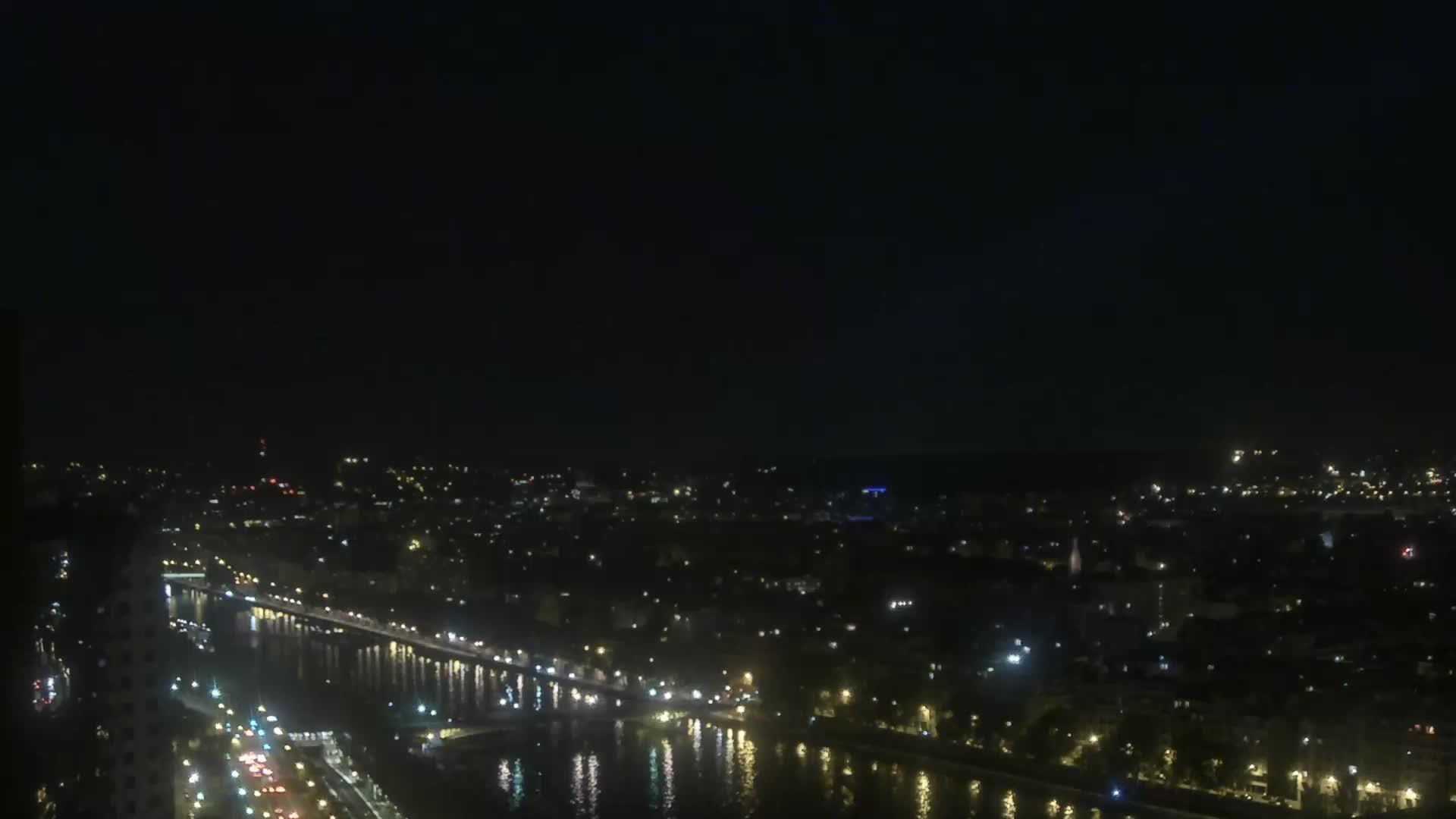 Parigi Ven. 00:24
