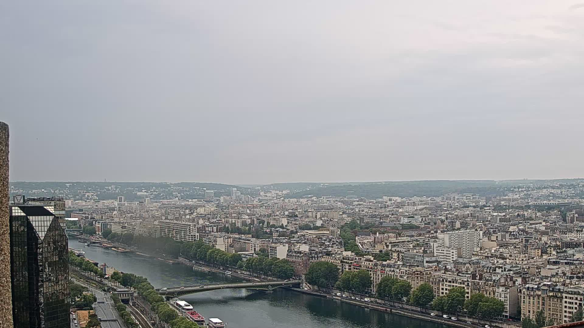 Parigi Gio. 08:24