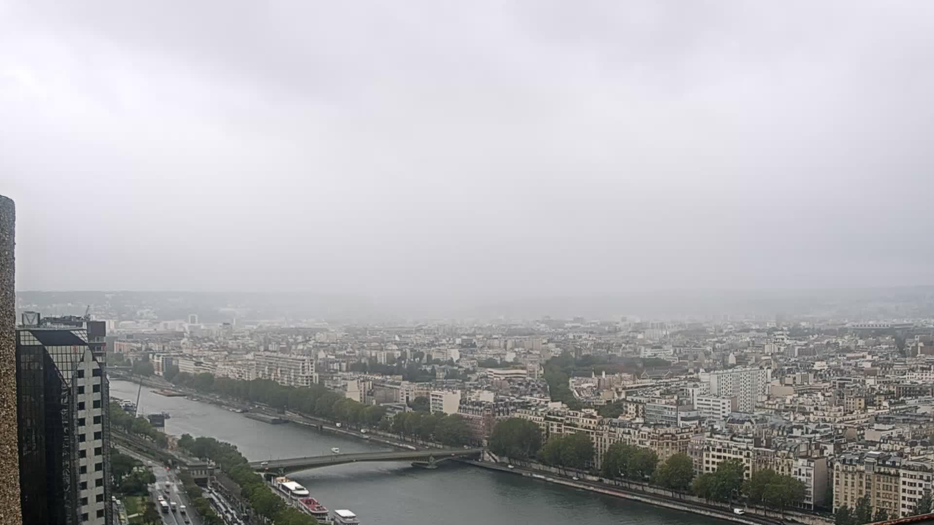 Parigi Gio. 09:24