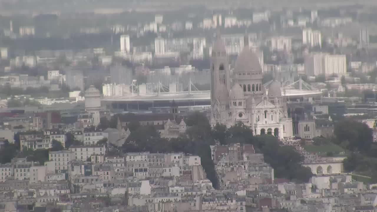 Paris Do. 15:10