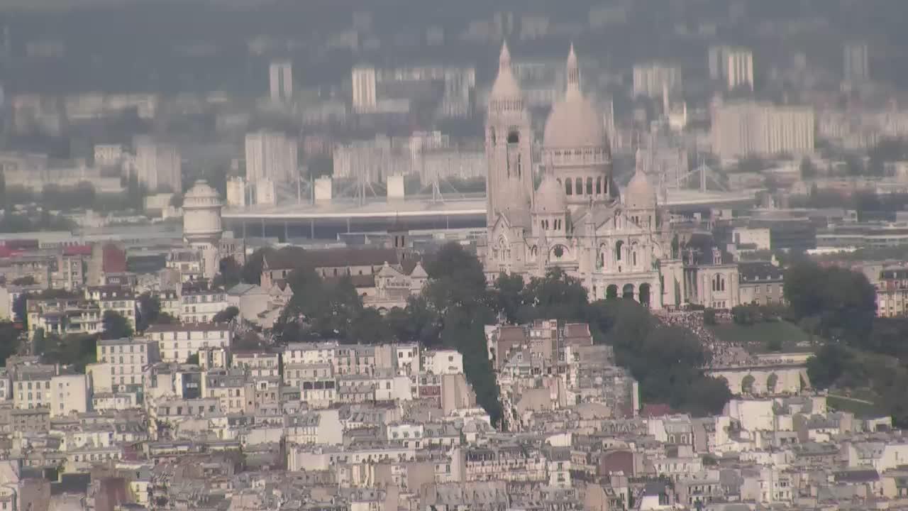 Paris Do. 16:10