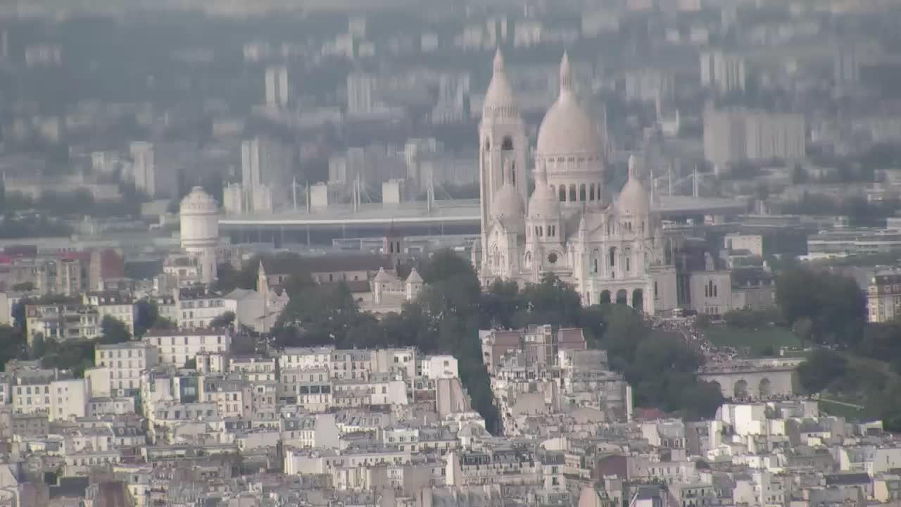 Paris Do. 18:10