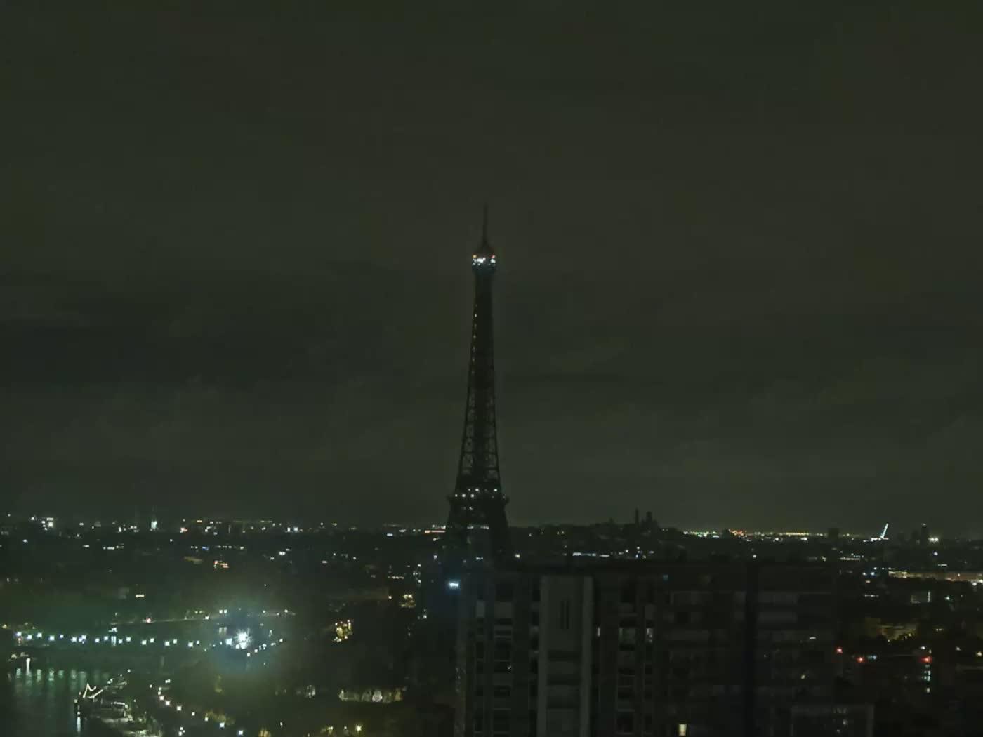 Paris Fri. 05:22