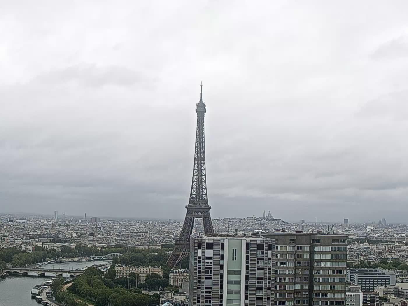 Paris Thu. 08:22