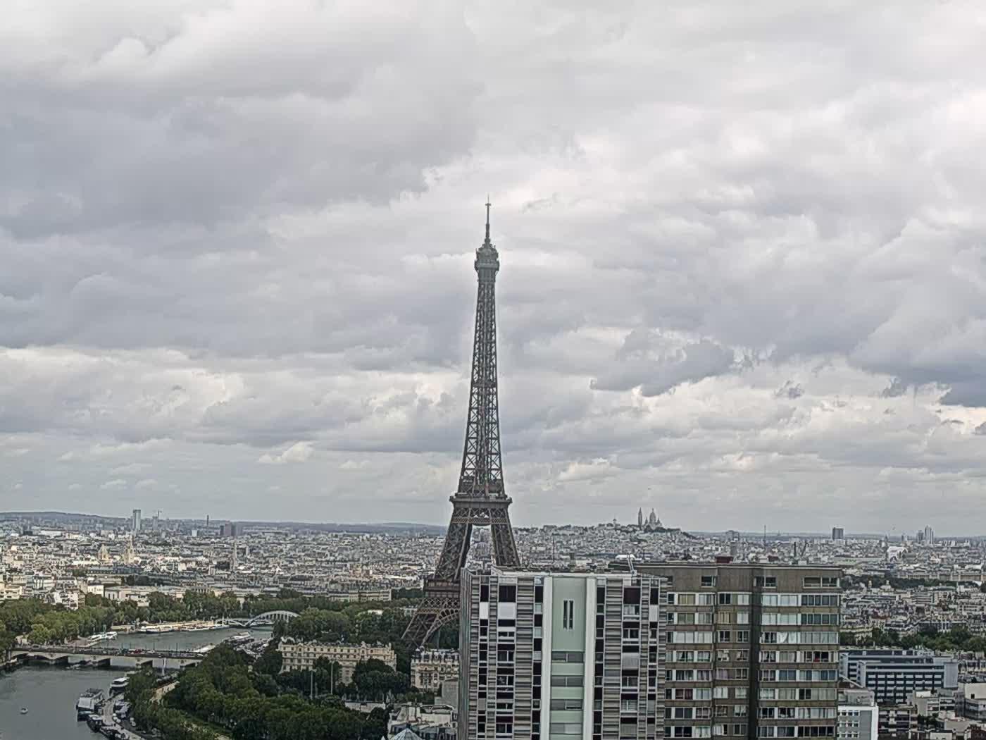 Paris Thu. 14:22