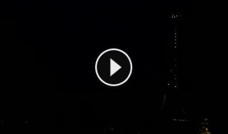 Paris Fri. 05:30