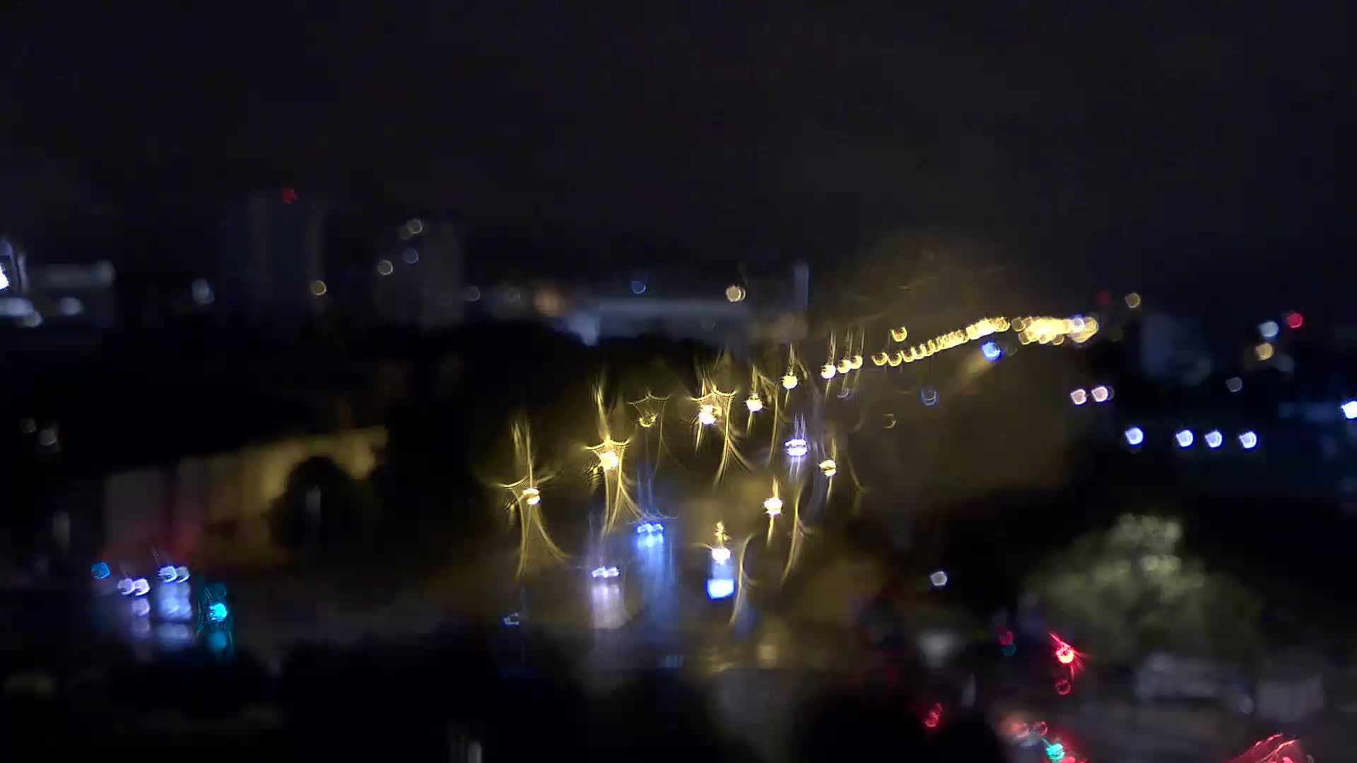 Paris Mon. 04:28
