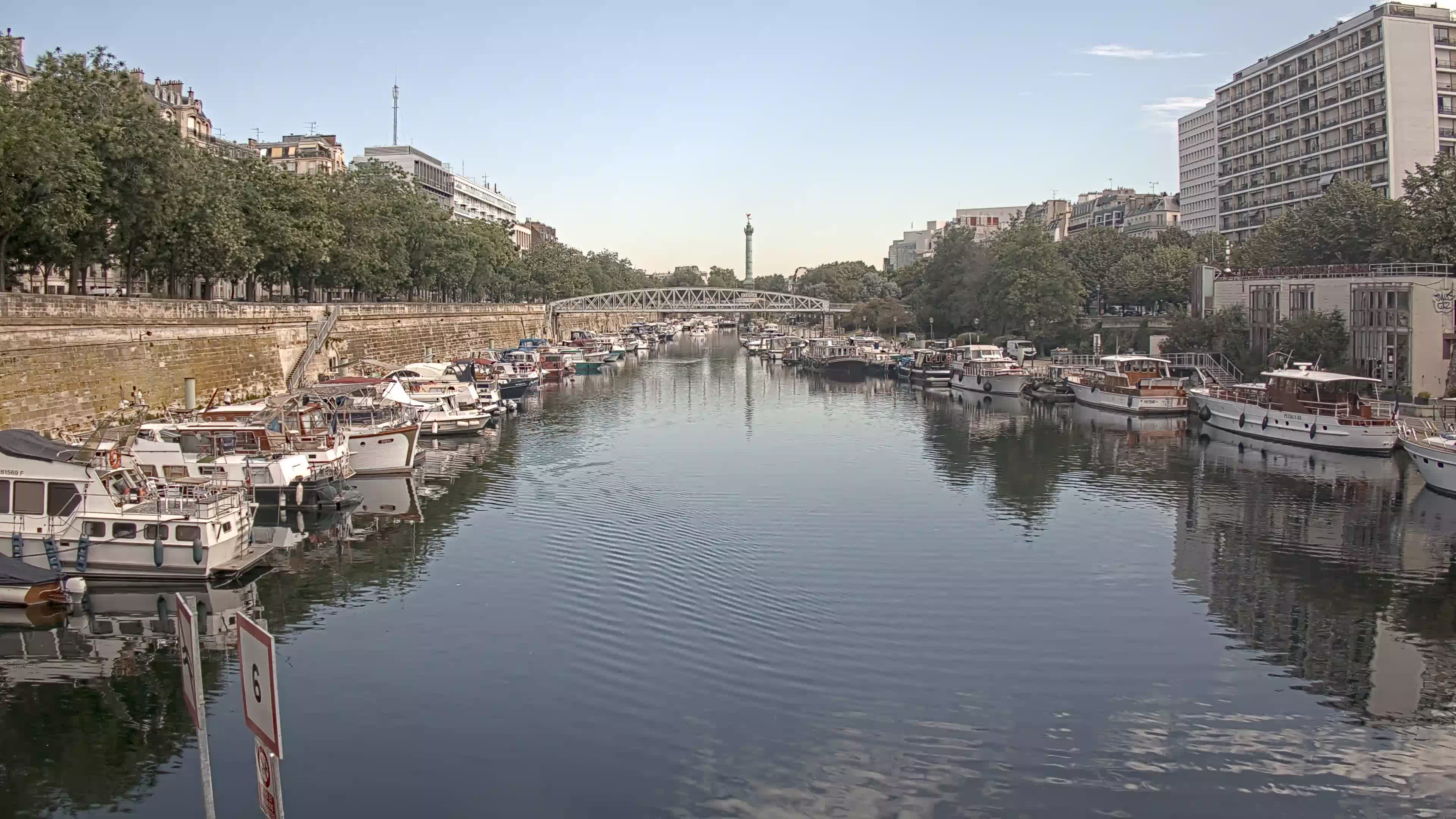 Paris Sa. 10:36