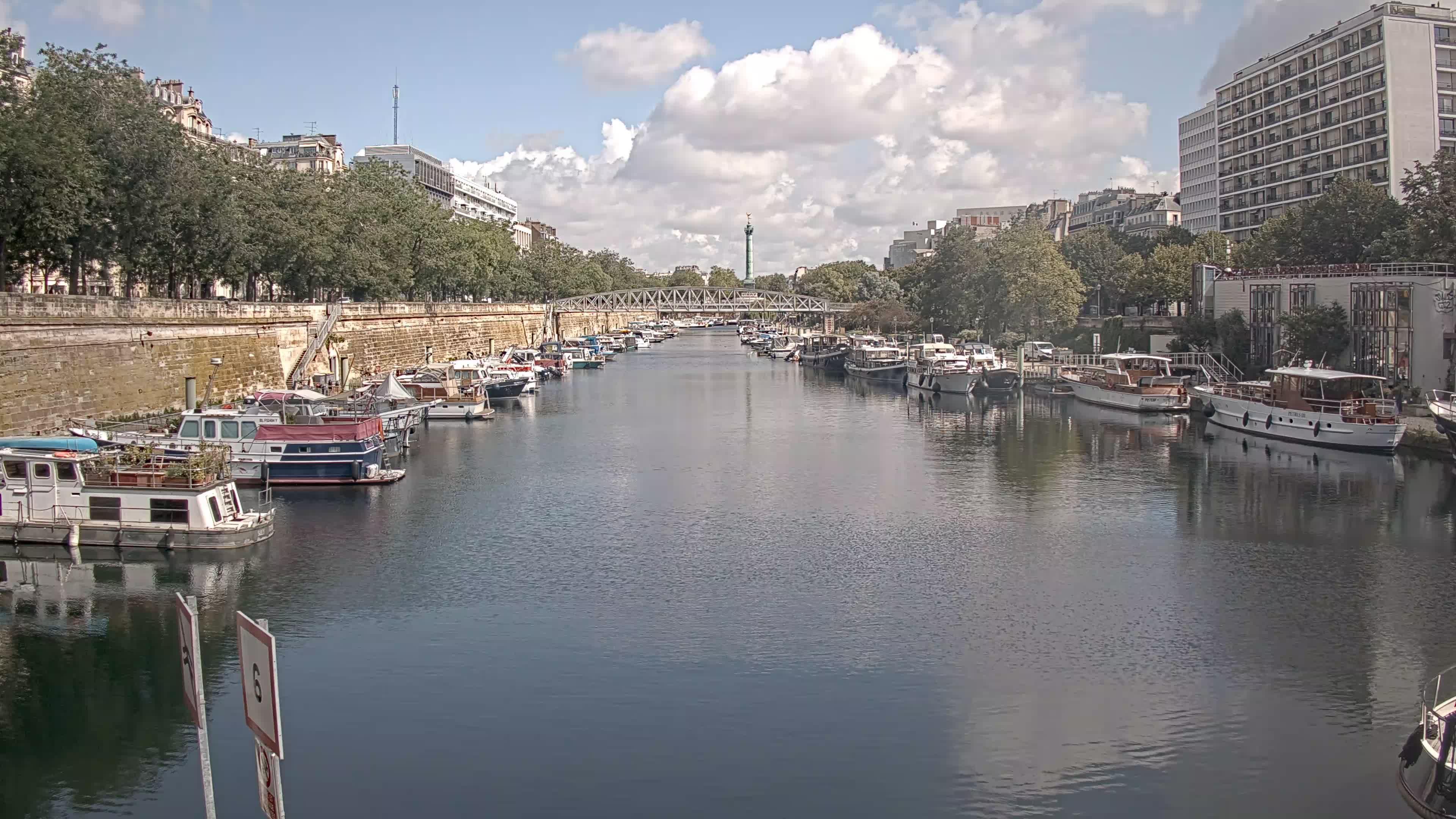 Paris Sa. 11:36