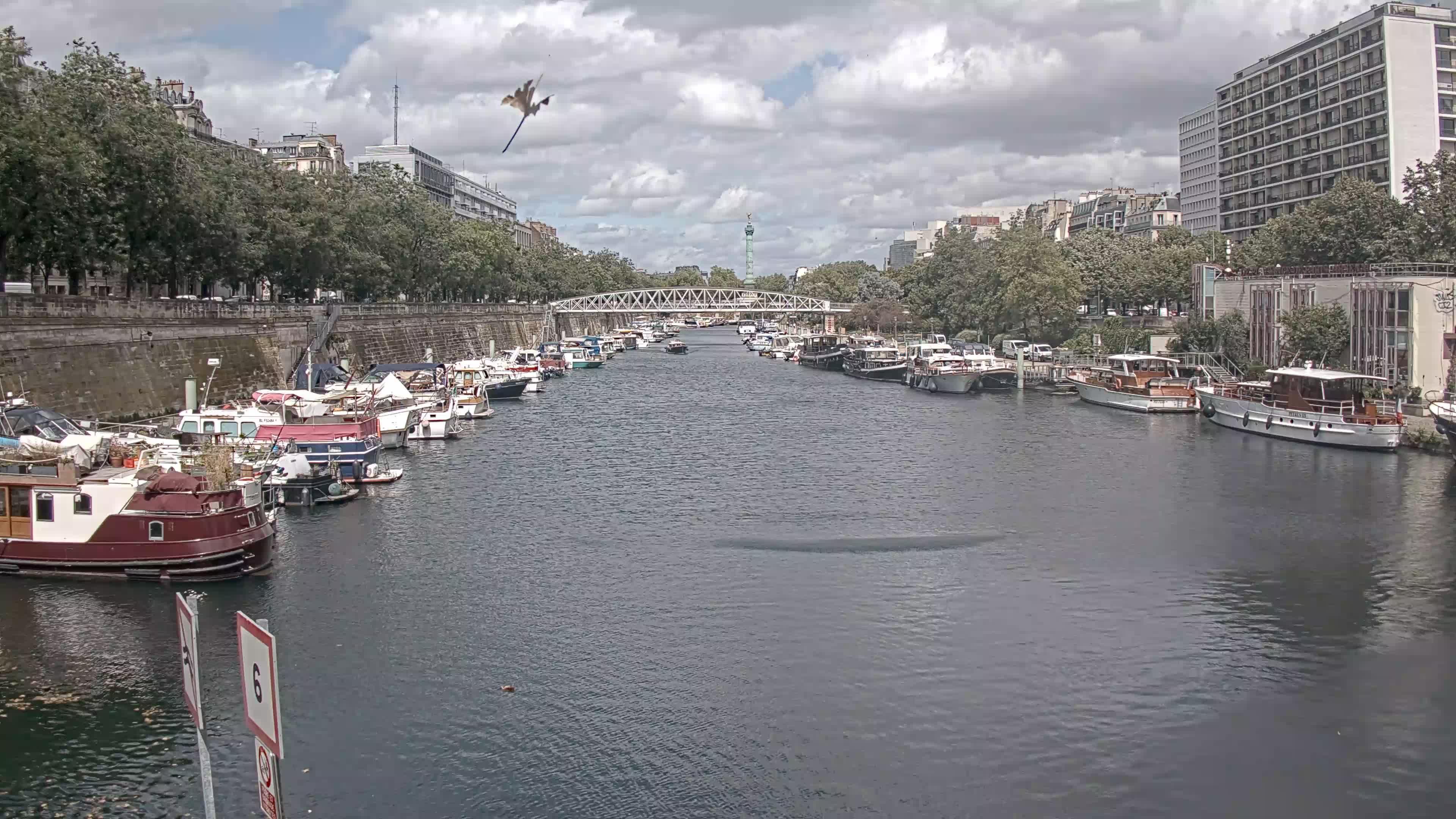Paris Sa. 14:36