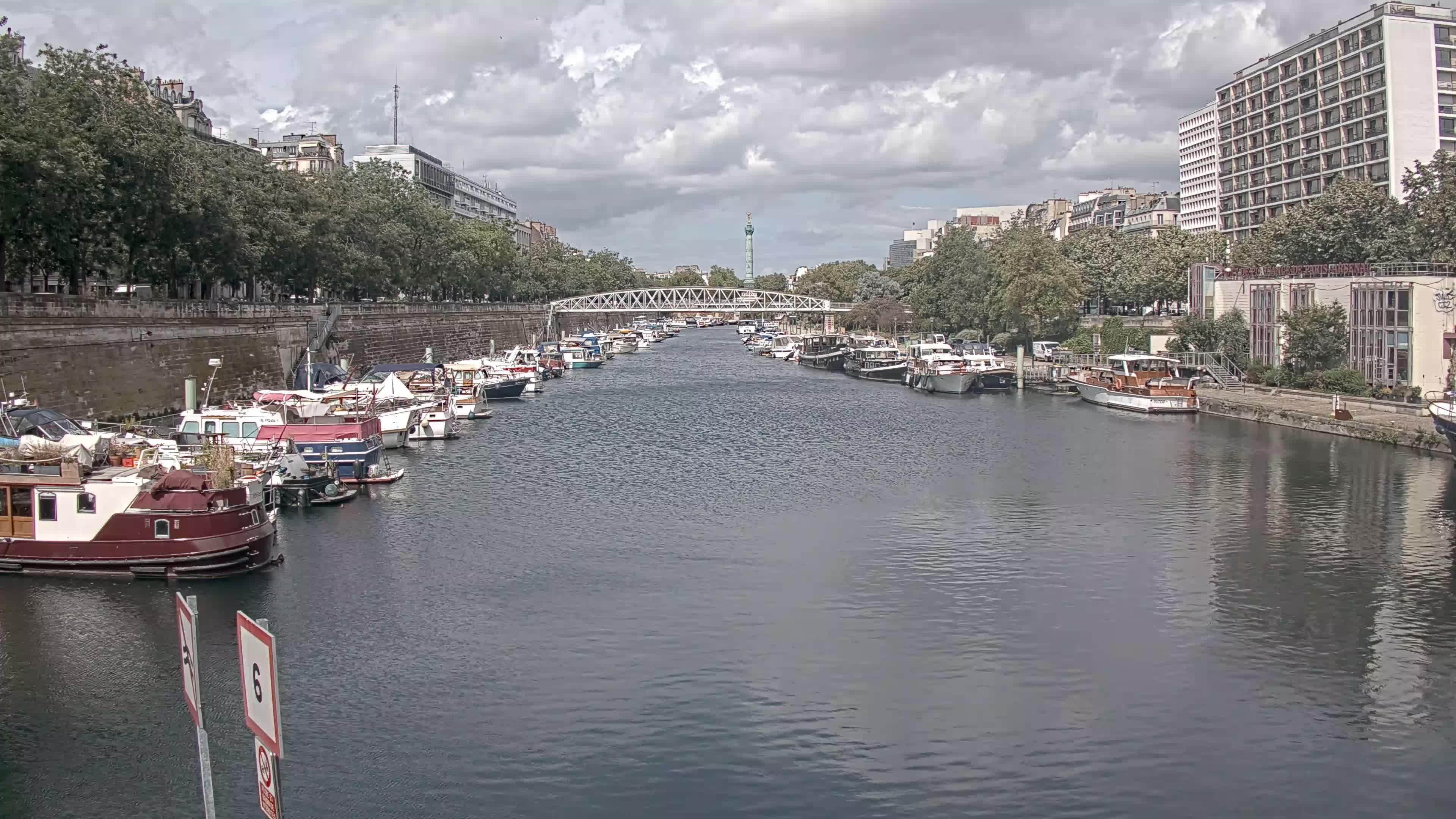 Paris Sa. 15:36