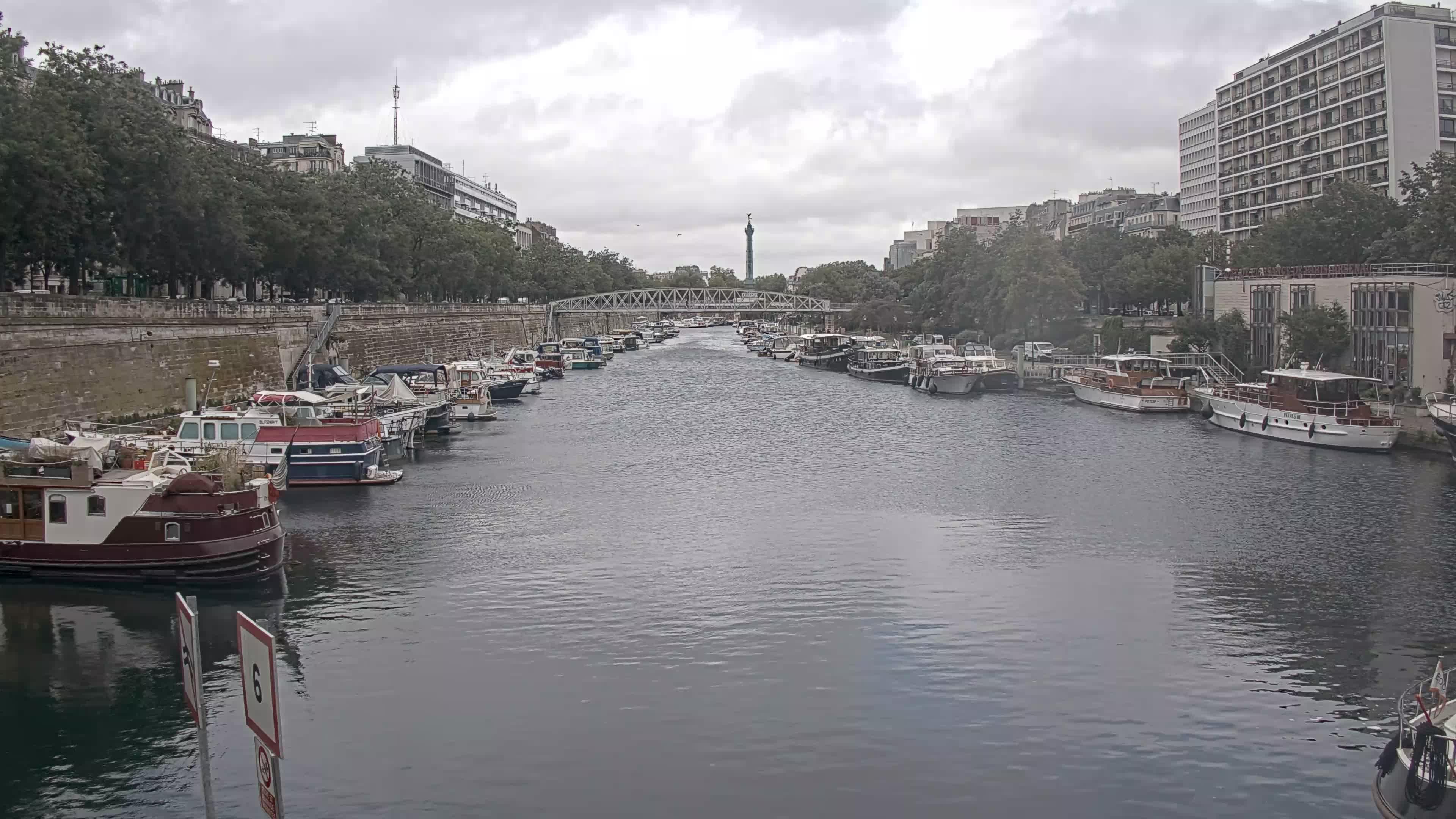 Paris Sa. 16:36