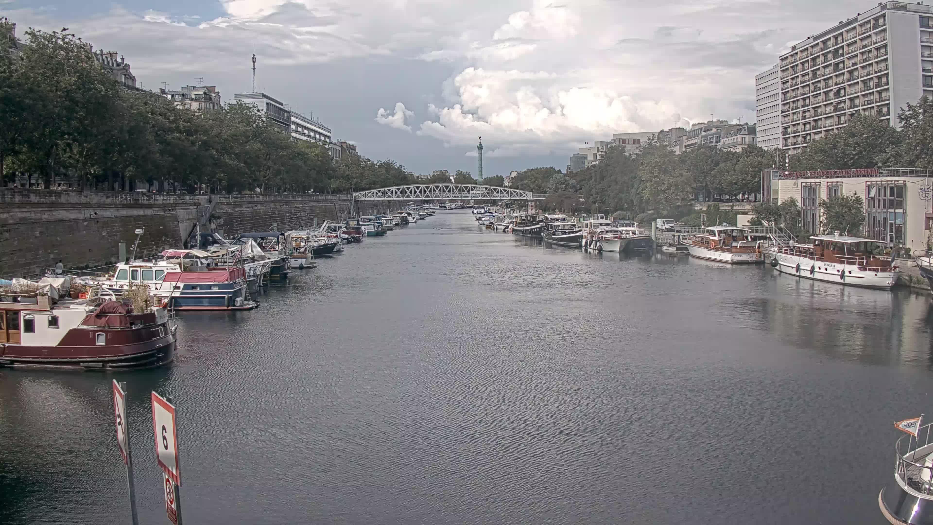 Paris Sa. 17:36