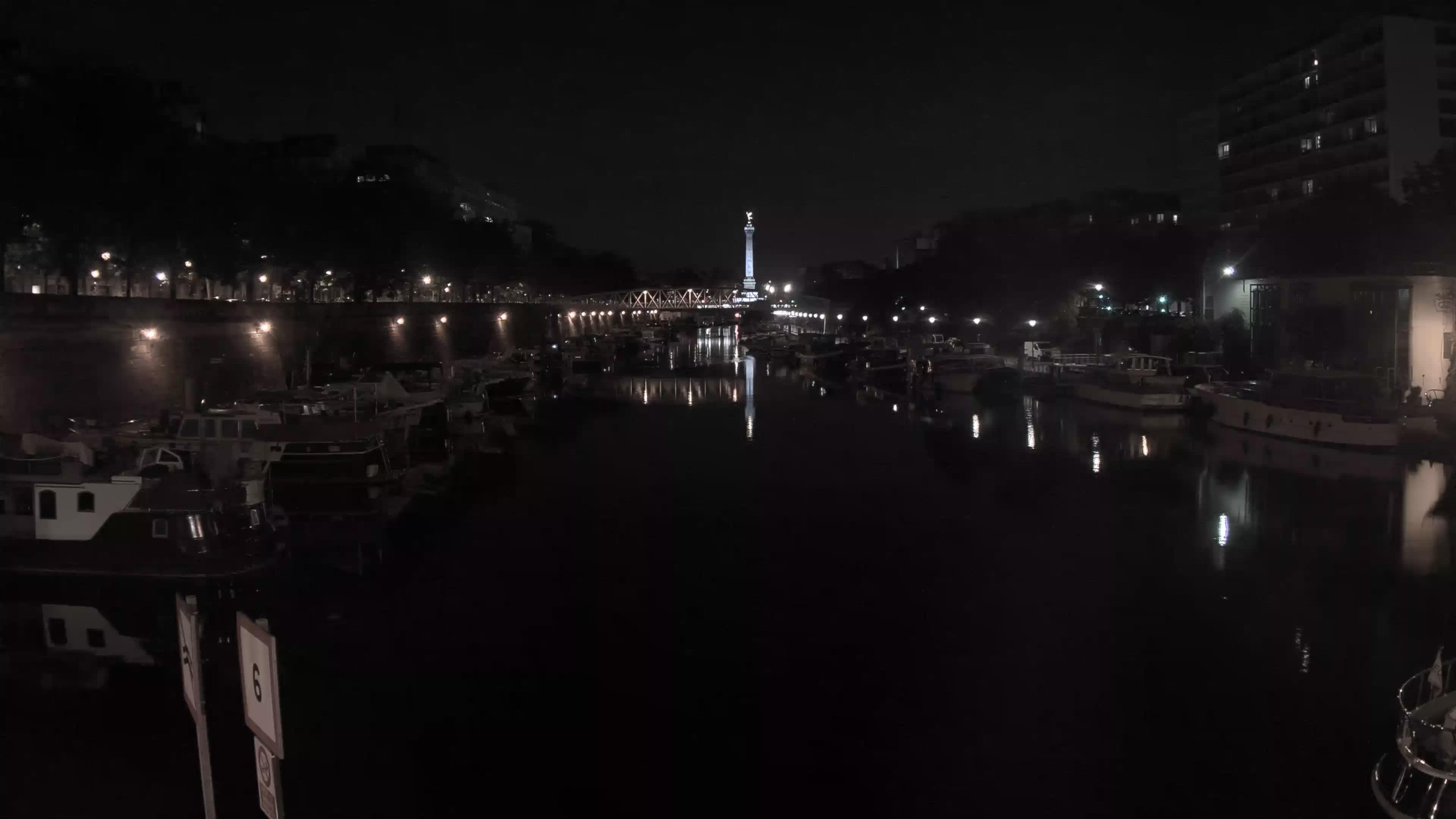 Paris Sa. 23:36