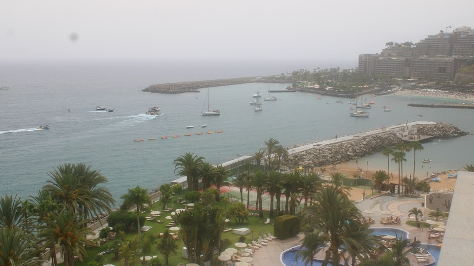 Live webcam patalavaca gran canaria radisson blu resort - Living in gran canaria ...
