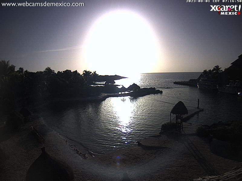 Playa del Carmen Sun. 07:22