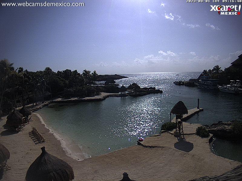 Playa del Carmen Sun. 09:23