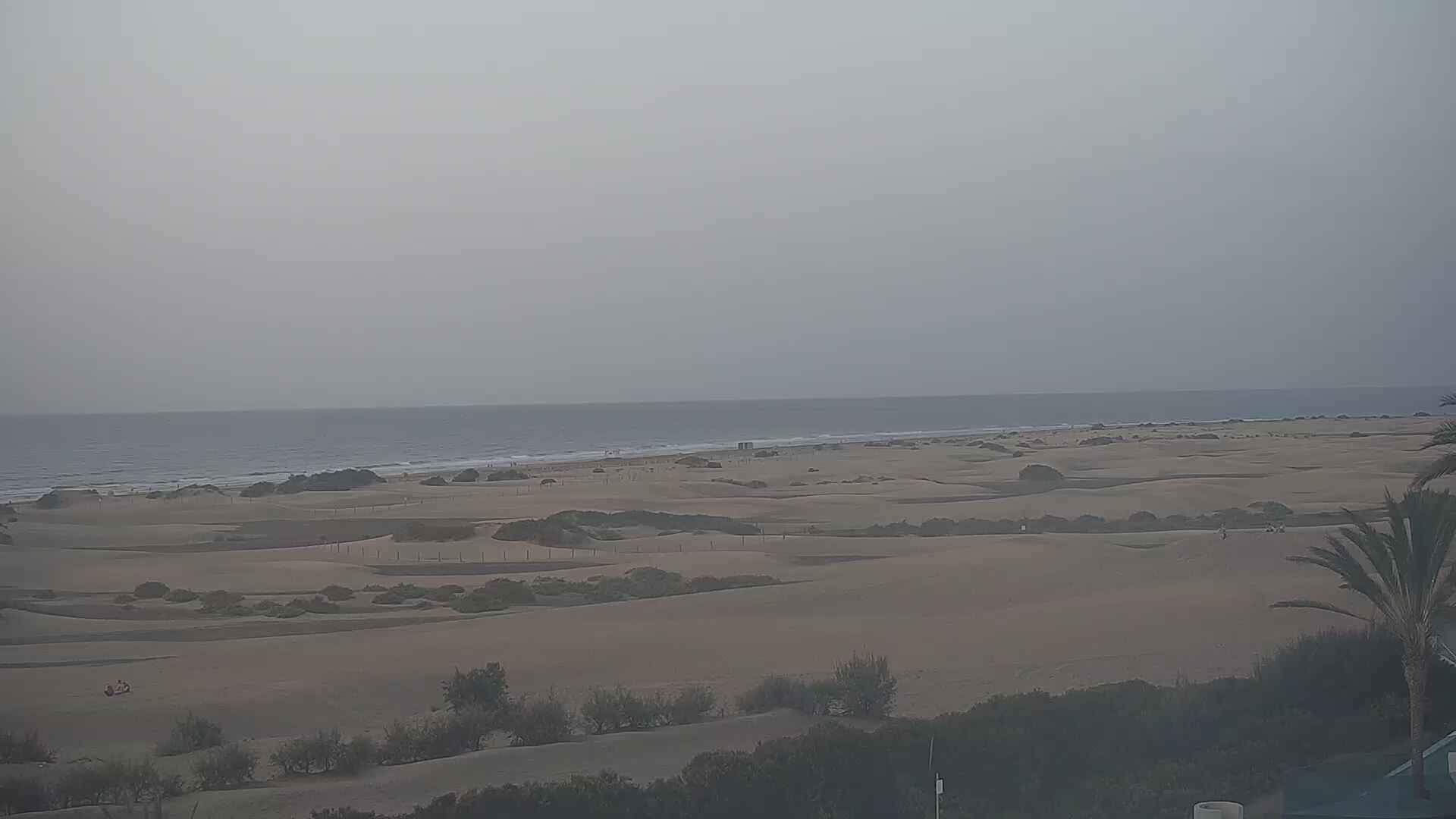 Playa del Ingles (Gran Canaria) Sun. 07:36