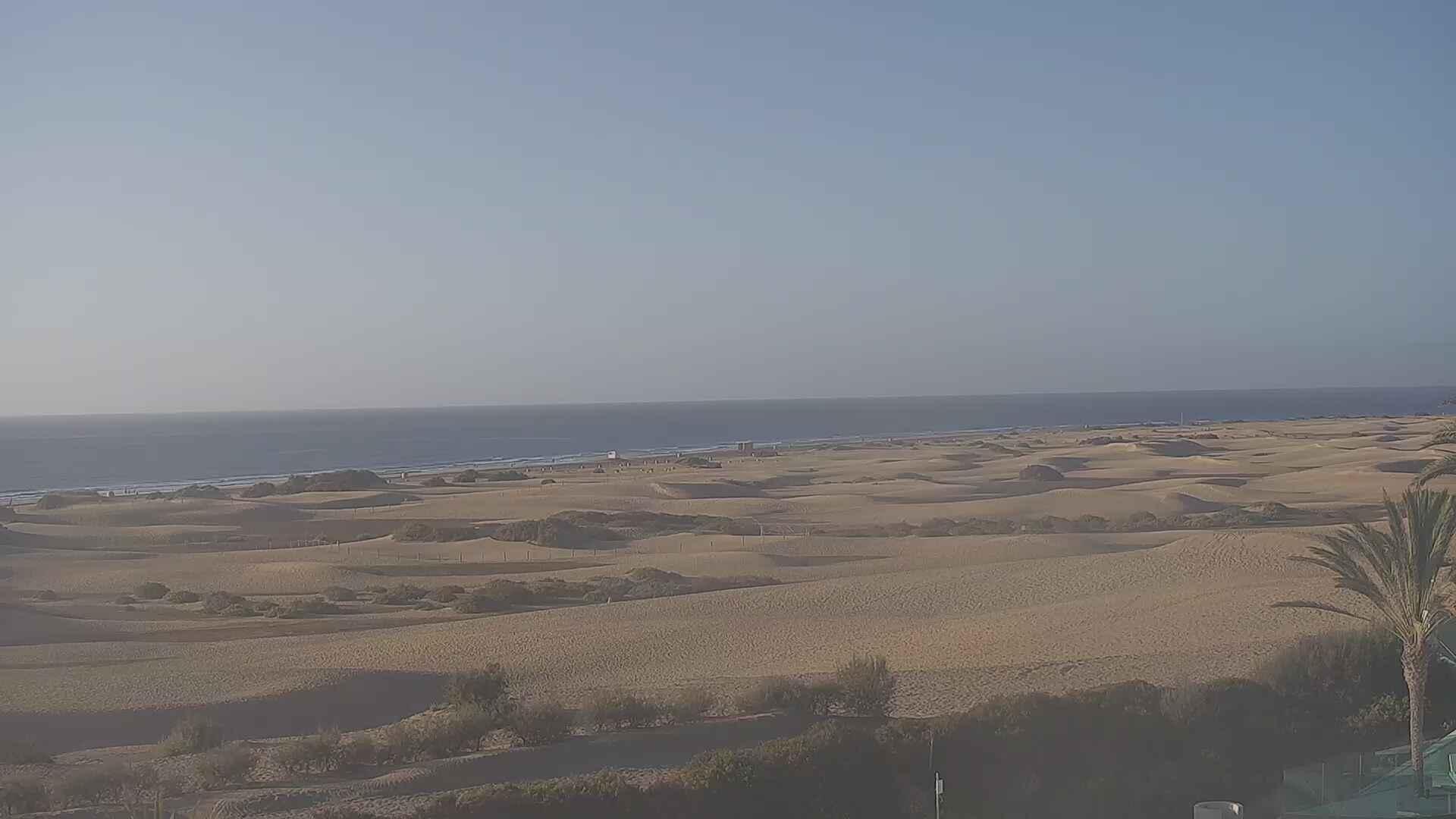 Playa del Ingles (Gran Canaria) Sun. 08:36