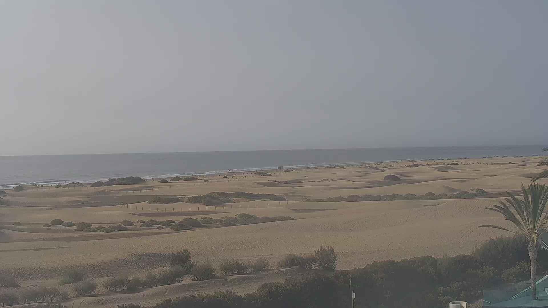 Playa del Ingles (Gran Canaria) Sun. 09:36