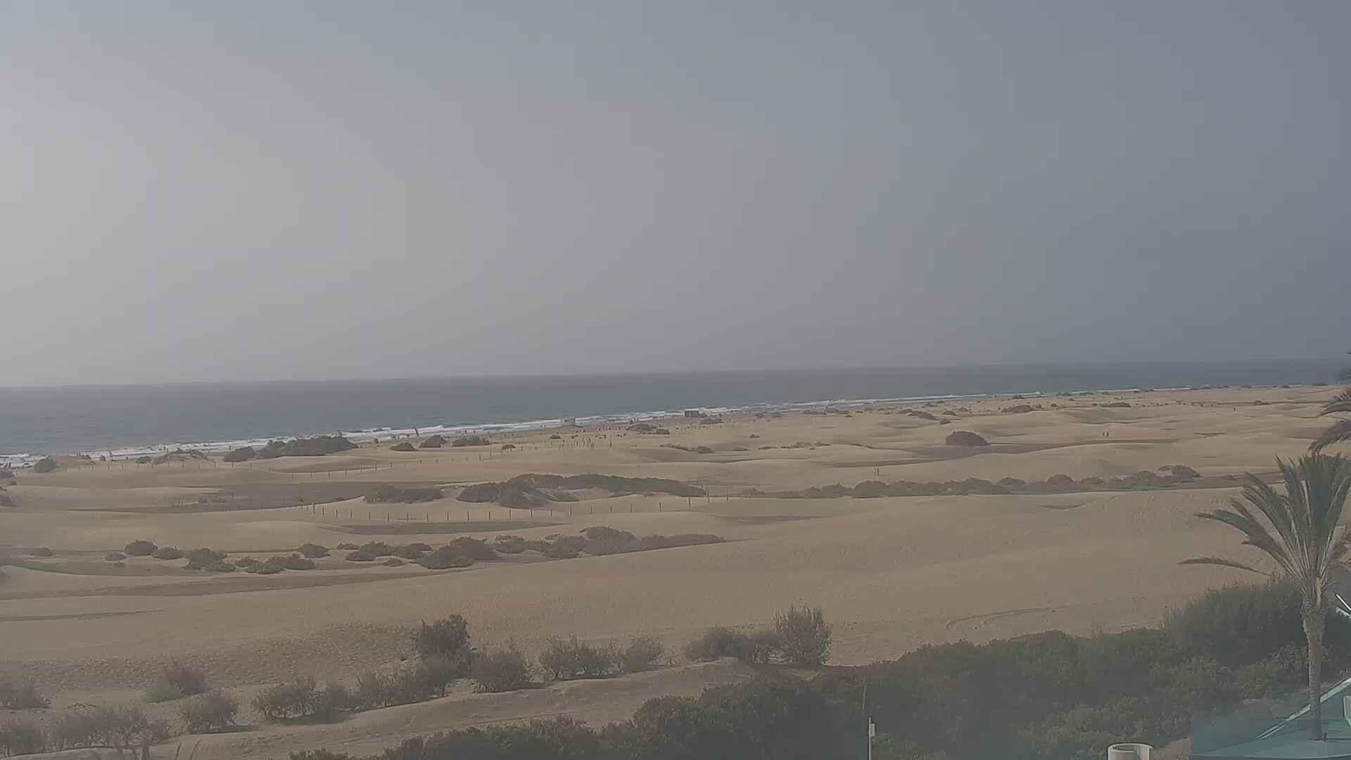 Playa del Ingles (Gran Canaria) Sun. 10:36