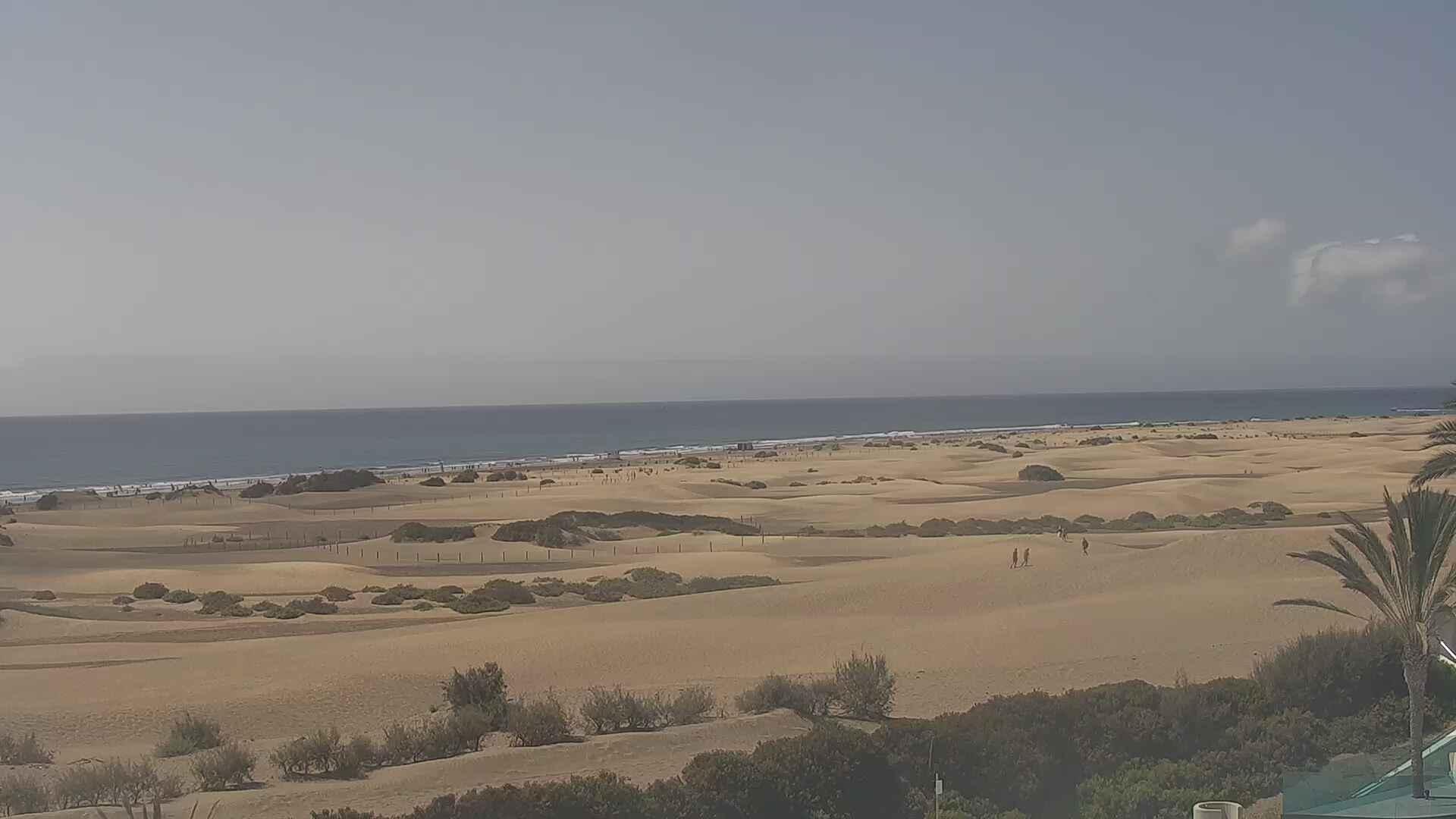 Playa del Ingles (Gran Canaria) Sun. 11:36