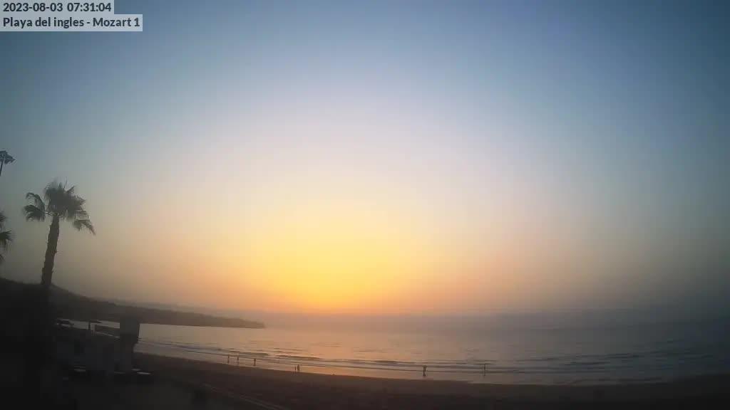 Playa del Ingles (Gran Canaria) Fri. 07:35