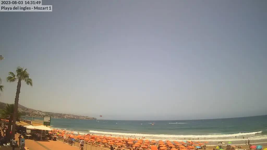 Playa del Ingles (Gran Canaria) Fri. 14:35