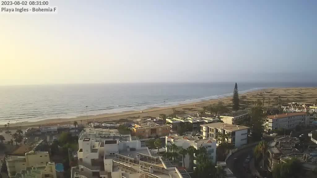Playa del Ingles (Gran Canaria) Sat. 08:35
