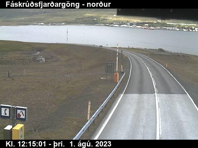 Reyðarfjörður Gio. 12:15
