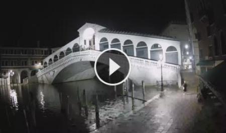 Venice Tue. 01:20