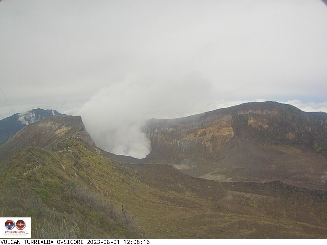 Volcano Turrialba Sun. 12:08