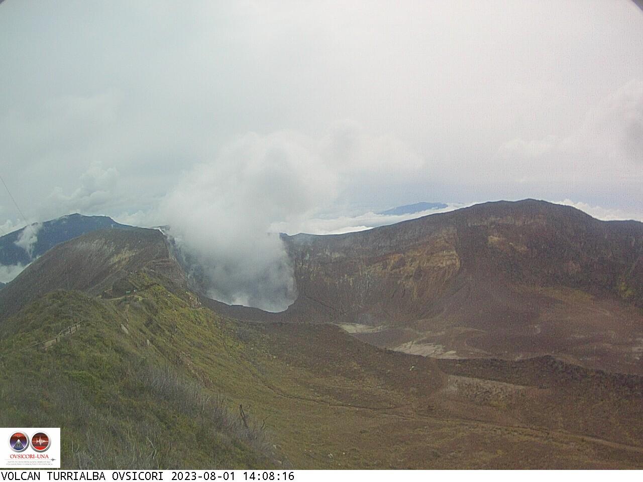 Volcano Turrialba Sun. 14:08