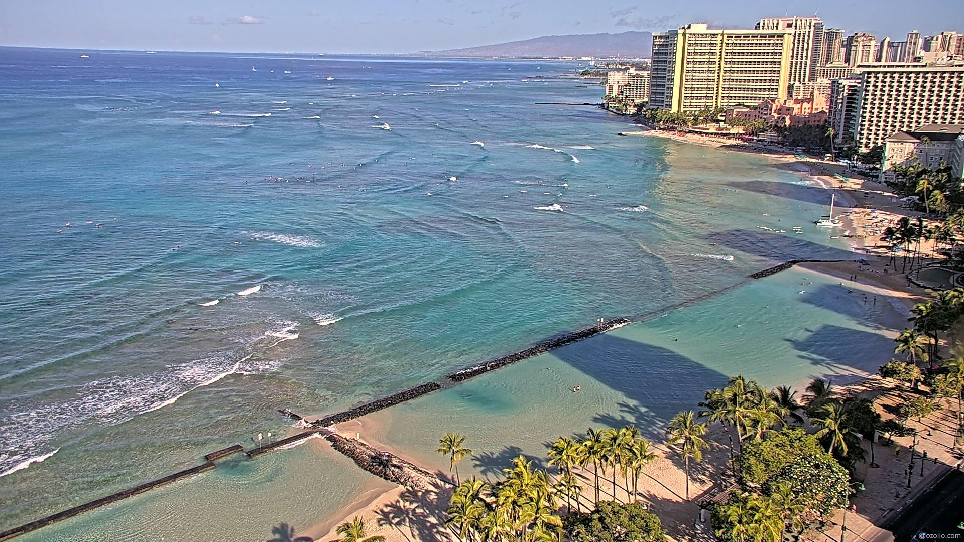 Waikiki Beach, Hawaii Fri. 08:16